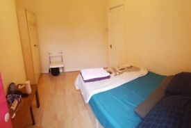 Single and Double rooms in Notting hill for rent now!