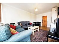 Beautiful 3 bedroom flat in Brixton at a great price