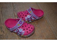 Girls butterfly CROCS size 8-9