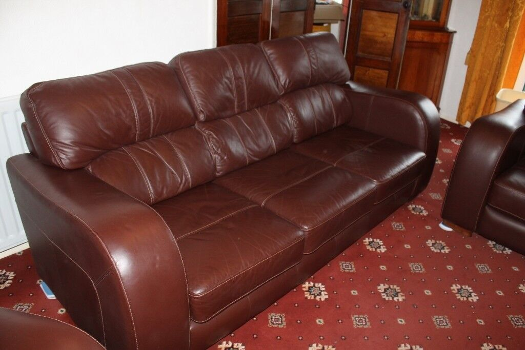 Stupendous Superb Leather Sofa An Two Matching Chairs In Thornaby County Durham Gumtree Evergreenethics Interior Chair Design Evergreenethicsorg