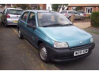 RENAULT CLIO PRIMA 1.2 PETROL, CORFU BLUE, 55230 MILES, MOT TO JUNE '18 £550 , GOOD CONDITION.