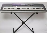 Yamaha DGX-200 high spec full size electronic keyboard with stand, instructions & two learning books