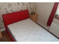 3/4 size bed and mattress, Perfect condition, see pics