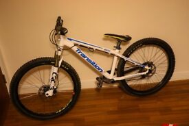 2012 Transition Bank, Dirt/Jump/4X Bike with Manitou Circus Forks