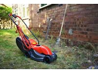 Lawn mower FLYMO Venturer 320 + rake VERVE