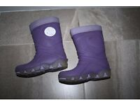 Purple Girls winter boots wellies with fur and lights