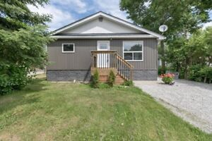 Newly Renovated & Walking Distance To The Beach! - Innisfil