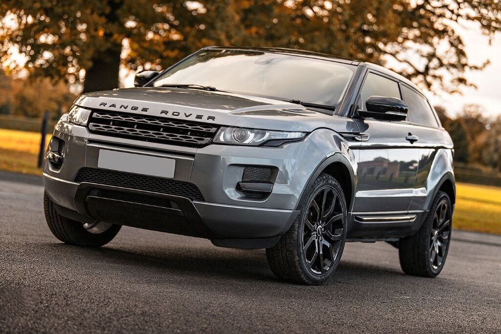 land rover range rover evoque 2 2 sd4 pure tech 4x4 3dr coupe 2012 in cottingham east. Black Bedroom Furniture Sets. Home Design Ideas