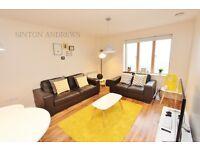 2 bedroom flat in Luminoscity, Drayton Green Road, Ealing, W13