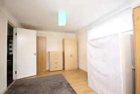 ONE BEDROOM FLAT WITH ALL BILLS INCLUDED APART FROM COUNCIL TAX