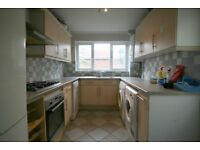 *LARGE 2 BEDROOM HOUSE AVAILABLE IN CHADWELL HEATH RM6, WHALEBONE GROVE* AVAILABLE NOW!