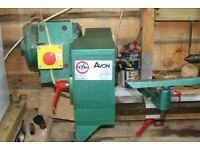 Tyme Avon Wood turning lathe with accesories and chuck