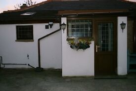 Secure Bungalow with 2 bedrooms and a conservatory 1 mile from Halifax town centre HX1 4TE