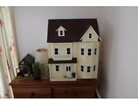 DOLL'S HOUSES AND CONTENTS
