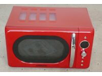 Microwave , in excellent condition , less than 1 year old , hardly used and within 3 years warranty