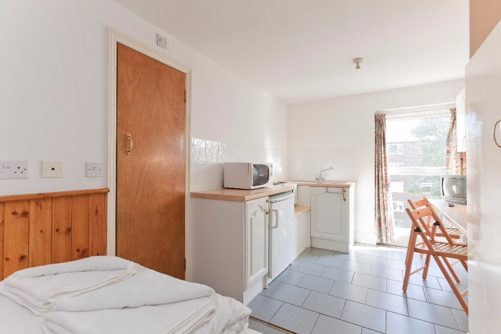 Studio Swiss Cottage Long lets £275 Per week all bills and WIFI