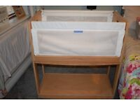 Knuma Huddle 4 in 1 bedside crib, immaculate condition hardly used, comes with mattress, beech wood