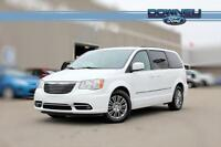 2014 Chrysler Town & Country Touring Power seats - Remote start
