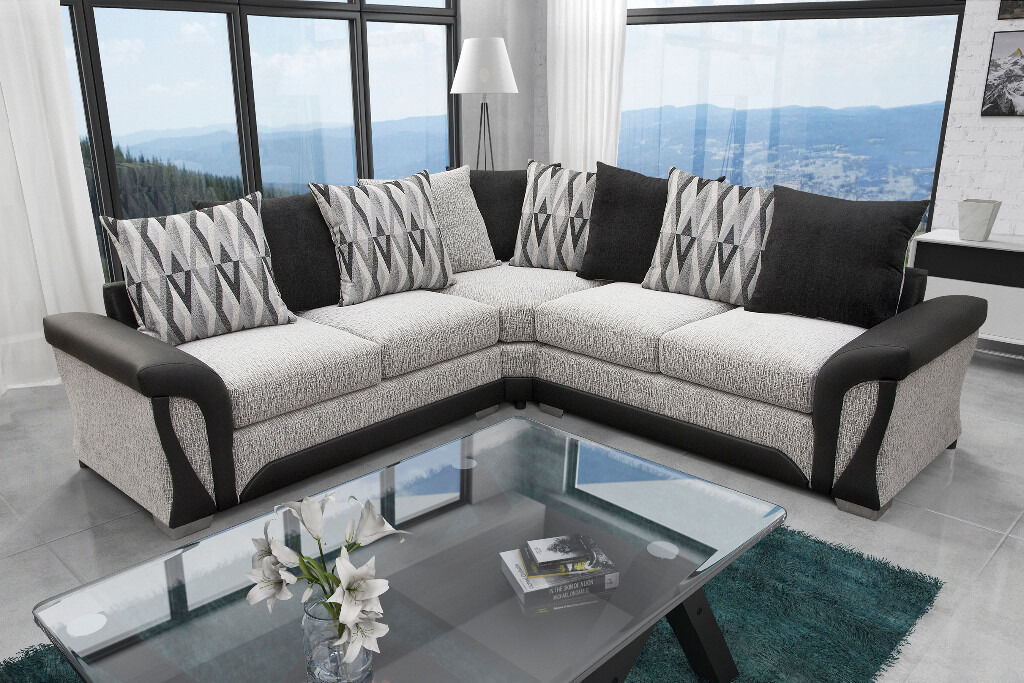 EXCLUSIVE BLACK & WHITE SHANNON SOFA'S***FREE UK DELIVERY FOR A LIMITED TIME ONLY