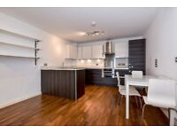 *SHORT LET* A modern 2 bed flat to rent with private balcony near Wimbledon Station. Stanley Rd SW19