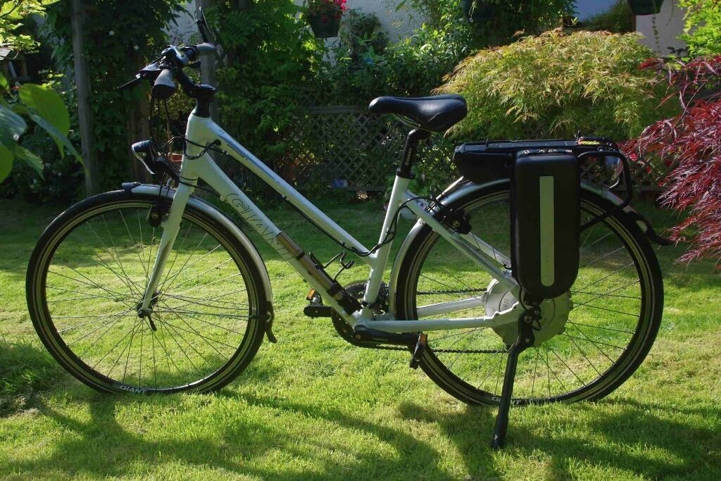 Giant Escape Hybrid 1 Ladies Electric Bike In Kirkcaldy Fife