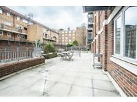 3 bedroom flat in Hoxton Square, Hoxton, N1