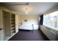 Prestige Move are proud to present a shared house with 3 double bedrooms to rent near Luton Airport