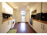 Three Bed Apartment In Waterloo £780pw