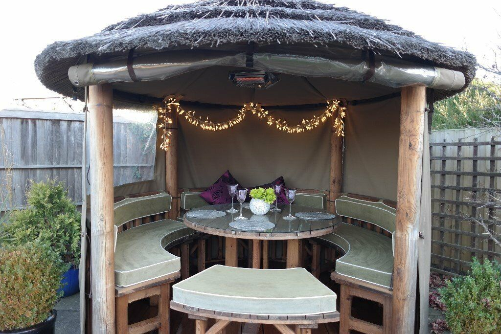 THATCHED GARDEN HUT / GAZEBO - OUTDOOR DINING, SEATING, BBQ, SHELTER, HEATER, ALL YEAR ROUND ...