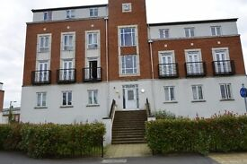 3 Bedroom Flat near Hertforshire University and Galeria Shopping Centre AL10