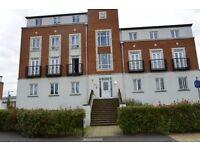 3 Bedroom Flat near Hertforshire University and Galeria Shopping Centre AL10