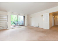 LARGE THREE BEDROOM TWO BATHROOM FLAT TO RENT IN HENDON CENTRAL