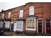 6 bedroom house in North Rd, Birmingham, B29
