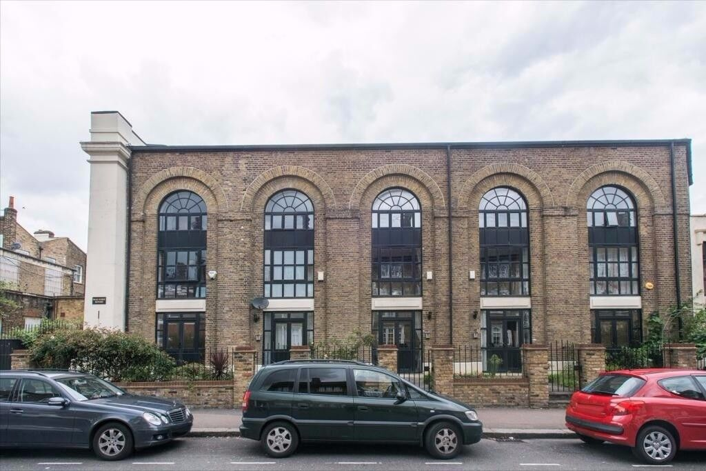 6 bed 5 bath warehouse conversion