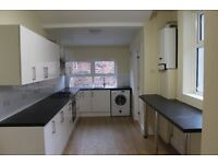 4 bedroom spacious house in Heaton Available to rent