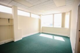 Large office/studios in Cardiff: Meanwhile House - perfect for creatives, makers and start-ups