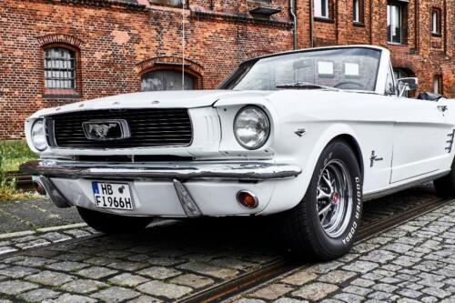 66er ford mustang cabrio oldtimer mieten hochzeit. Black Bedroom Furniture Sets. Home Design Ideas