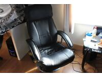 Black Leather - Lounge Chair - EXCELLENT CONDITION!