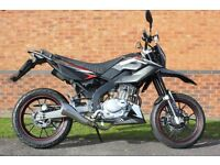 2016 WK SM125 - 125cc Supermoto - 4 Months Warranty - 758 miles - FSH - Great learner motorcycle