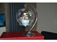 BRAND NEW IN BOX SANTA EXPRESS COLLECTORS SNOWMAN IN GLOBE COMES WITH STAND
