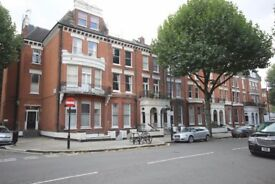 Tidy spacious room in Maida Vale near Baker Street, Paddington, St John's Wood Available Now