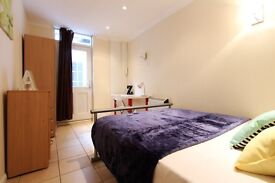 ** 2 AMAZING ROOMS in WARREN STREET ** Perfect for 2 friends ** OPEN VIEWING TODAY **