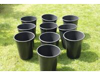 Ten deep 15 litre pots
