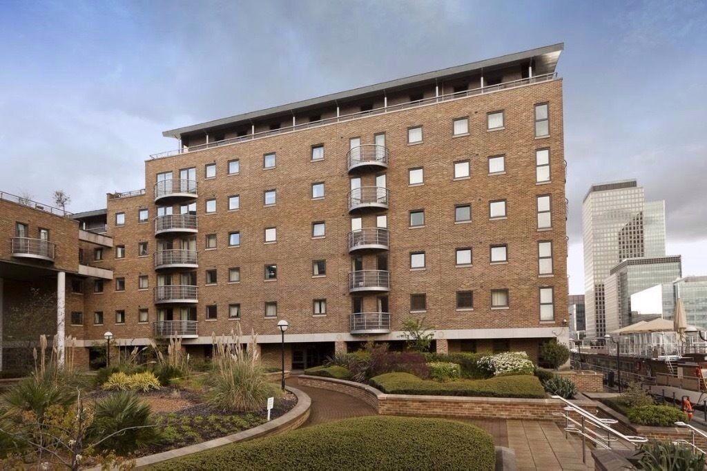 """2 Bed / """" Bath Apartment - Canary Wharf/Isle of Dogs - E14"""