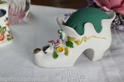 VECCHIA SCARPA PUNTASPILLI IN PORCELLANA - VINTAGE PORCELAIN SHOE PIN CUSHION