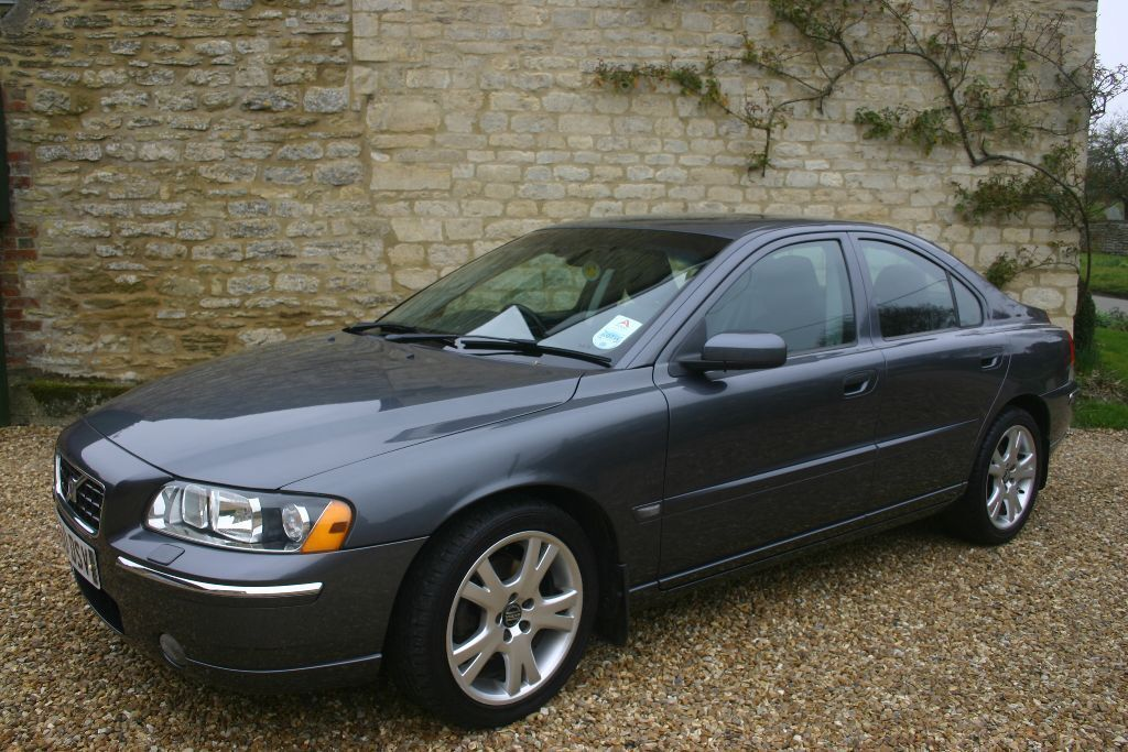 volvo s60 d5 se auto 2005 86k miles mot feb 17 fsh vgc grey leather seats 2750 in. Black Bedroom Furniture Sets. Home Design Ideas