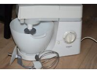 KENWOOD CHEF CAKE MIXER GOOD WORKING CONDITION CAN BE SEEN WORKING