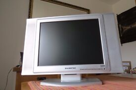 """15"""" LCD TV /monitor, Philips Freeview box & DVD player . Can deliver within 5 mile radius from Eye."""