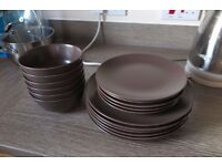 18-piece set of plates and bowls - brown, IKEA