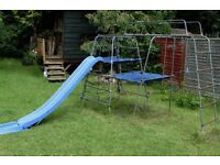 Child's Climbing Frame complete with platforms, grappling net and slide - tp 912 Challenger2